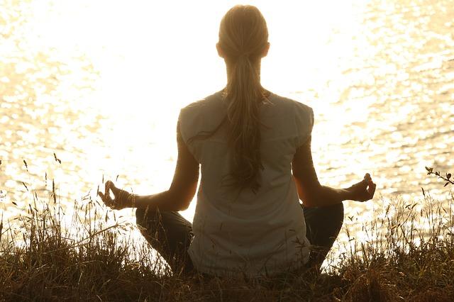 meditate-1851165_640.jpg